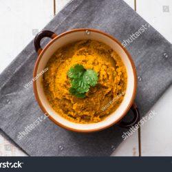 Pasta z pieczonych warzyw korzeniowych z czarnuszką